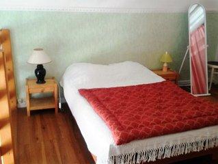 Meuble ** Residence Sarciron, Duplex RDC sureleve 40m2