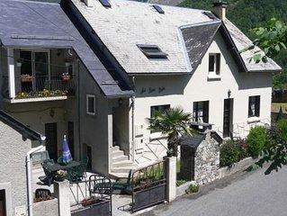 Appartement avec jardin avec vue magnifique sur le village et les montagnes