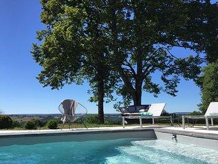 Maison avec piscine en pleine nature