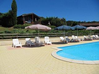 Chalet climatisé et calme avec piscine chauffée, pour 5 personnes, 2 chambres
