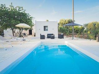 Trulletto Magico : trullo authentico avec piscine en pleine nature