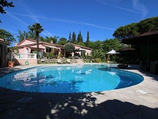 Côte d'Azur, maison  de charme 200 m2, grande piscine, terrain 3000m2 clôturé
