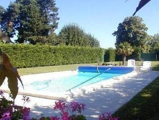 Gite avec piscine privée à savigné