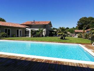 Au bord de l'océan et à proximité du lac, spacieuse villa avec piscine CHAUFFEE
