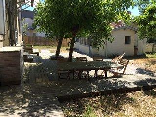ensemble Villa de charactère + cabanon indépendant 2 sdb + douche exterieure
