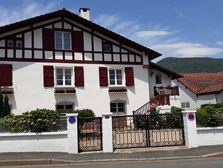 Très bel appartement de caractère au cœur de Saint-Jean-Pied-de-Port,classé 2*.