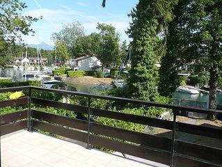 Maison avec ponton privé et anneau d'amarrage marina Port Ripaille 6 personnes