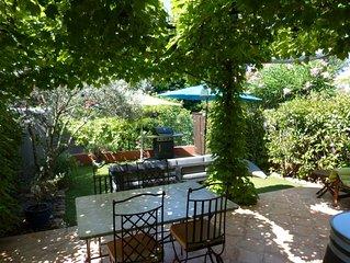 Agréable maison climatisée et wifi, quartier calme proche centre ville Hyères