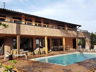 Superbe maison au calme, piscine privée chauffée, proche océan, lac et golf