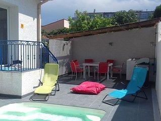 Jolie Villa Canetoise avec piscine privee 100 m de la mer
