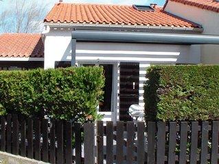 Petite villa avec terrasse ombragée au calme