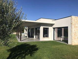 Villa de luxe, piscine chauffee, salle de sport et sauna