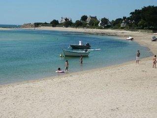 Jolie petite maison  plage du letty  acces direct mer bord de mer