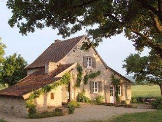 Maison  independante , calme ,Cluny, Tournus, route des vins, voie verte, velos
