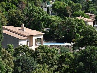 Golfe De St. Tropez, Jolie Villa Avec Piscine, petite Vue Mer, Calme, Luxueux