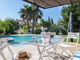 Villa de charme - 3 étoiles- sur Bormes dans propriété avec piscine