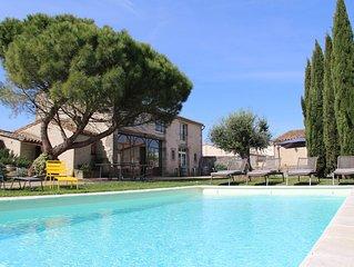 Gîte de charme, 15 personnes, piscine chauffée, proche de Carcassonne