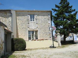 Location Gîte Saint-Just-Luzac -Charente Maritime pour 5 personnes