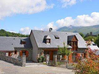 Chalet Gite Louron Maison Génos Loudenvielle 5 p 2 ch, garage vélo pêche  WIFI