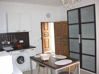Appartement tt confort au rez-de -chaussee dans ancien hotel XXeme siecle