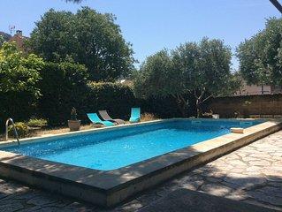 Belle demeure provencale, billard francais et piscine   - 8 personnes