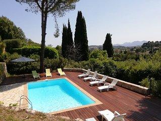 Grande villa, grand jardin à Mougins/Cannes, Piscine/sel, au calme, 8 Pers.
