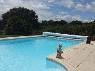 Cottage avec piscine privative Etxe-Txikia sur  la Côte Basque