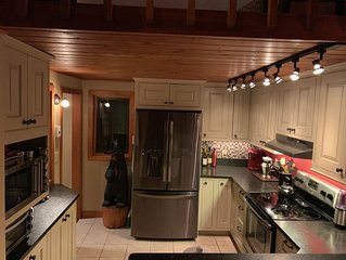 Lake Winnipesaukee Charming 3 Bedroom plus loft Samoset Condo