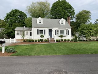 Wonderful Renovated Family Friendly Home Close to Boston and Lexington