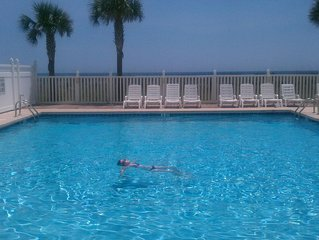 VRBO Favorite! Oceanfront, Large Pool, Beautifully Remodeled! BOOK TODAY!