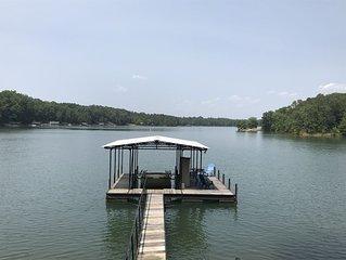 Incredible views! Deep water!  2 paddle boards & 2 kayaks.