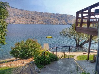 Lake Chelan Waterfront Cabin, Private Waterfront, Affordable Rates