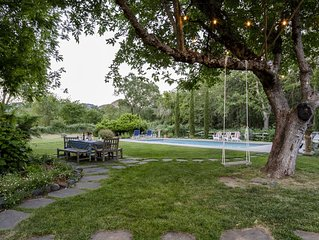Brambleberry - Idyllic Private Estate, Views, Pool, Spa, Bocce, Best Location!