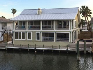 Key Allegro Home on the Wahoo Canal