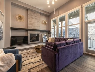 2850 SQF ALL NEW STUNNING MOUNTAIN VIEW TOWNHOUSE #11:4BR+4.5BTH FOR 12 NEAR ALL