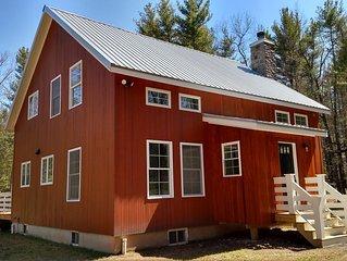 MODERN FARMHOUSE, Saugerties Woodstock, Deck, Fireplace, Fire Pit, WiFi, TV