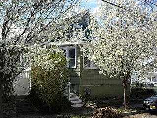 Cozy 2BR - Recently Renovated - Three Blocks to the Beach
