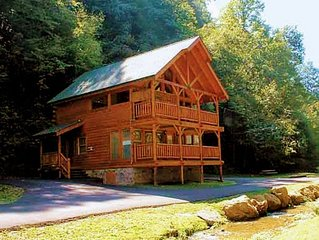 NEW LISTING!  Creekside, Great for Families & Pets, Hot Tub, Super Location!