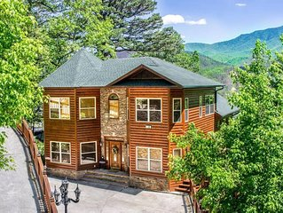 King of the Mountain,*LOCATION*,Amazing View overlooking Heart of Gatlinburg