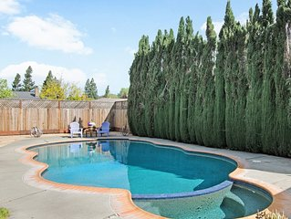 New Listing!!  Home with Pool, Spa, & Petanque Walking Distance to Downtown!