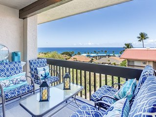 Great ocean view! 2BR corner unit just steps from water and restaurants in Kona!