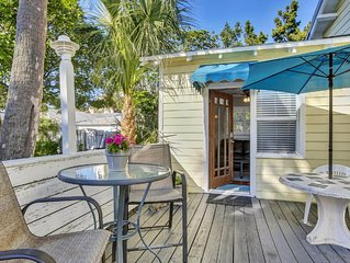 BEACH VIEW! Clearwater Beach Cottage Best Location 1 Bed/1BA Tropical Paradise!