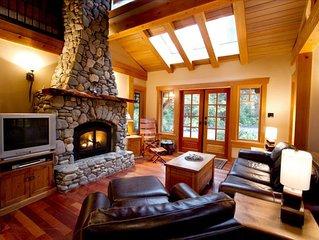 Dream Cottage - Luxurious, Private, Hot Tub - Chesterman Beach