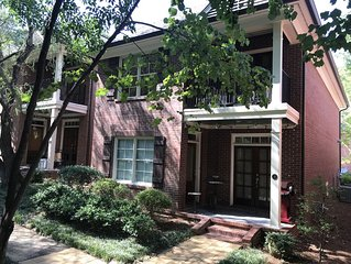 Beautiful downtown townhome, a  few steps to Oxford's historic square!