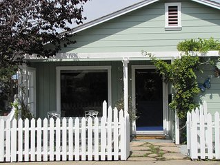 Charming Cottage Near Historic Lover's Point