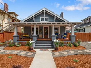 Cowls Bungalow w/ Carriage House Charm, Downtown, Dine Outdoors, BBQ (Sanitized)