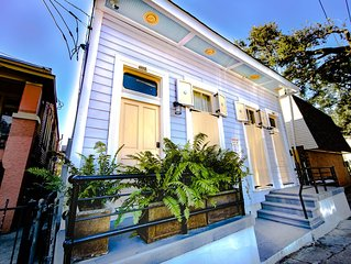 Steps to Streetcar+Frenchmen - Memory Foam Beds - Central Located, Ensuite Baths