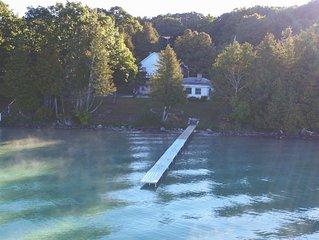 Lakefront Torch Cottage! 3 Night Minimum