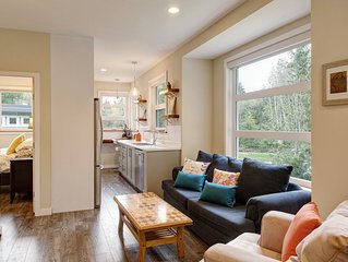 Modern Guesthouse on Galloping Goose close to Sooke Potholes