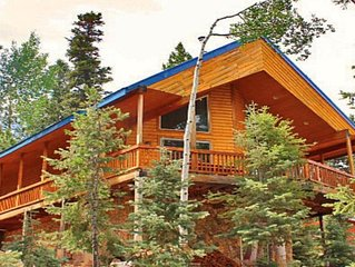 Luxury 3 story chalet cabin nestled amongst the tall Pines and Aspens